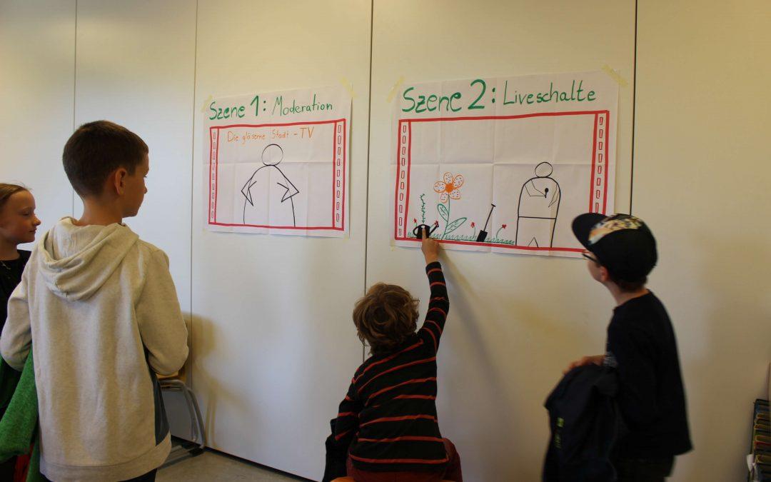 Kinder erstellen ihren eigenen Nachrichtenbeitrag