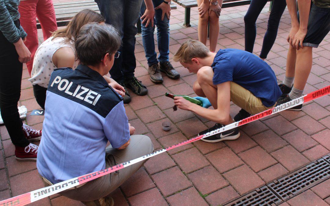 """""""Damit unsere Gesellschaft funktioniert."""" – Besuch  des Polizeireviers Pirna"""