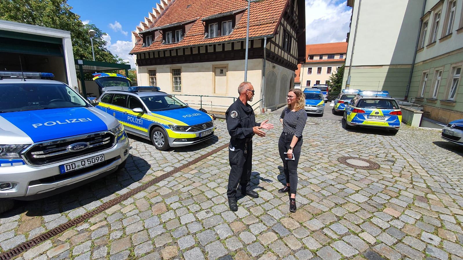 Polizei_glaeserne_stadt